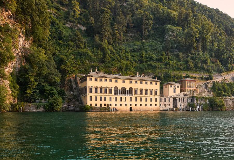 My-Lake-Como-Wedding-offers-Villa-Pliniana-for-luxury-weddings-on-Lake-Como