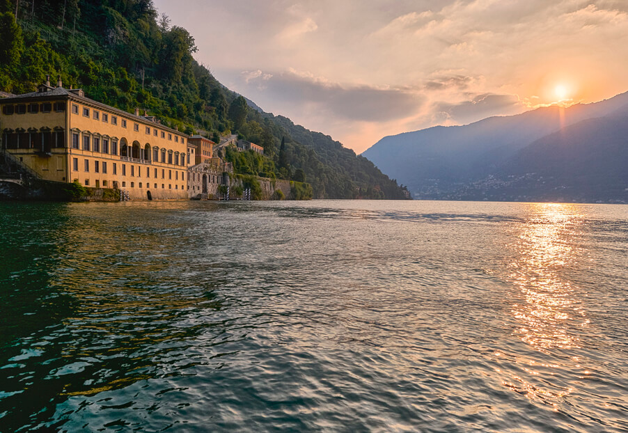 Villa-Pliniana-Lake-Como-wedding-venue-by-wedding-planner-My-Lake-Como-Wedding-at-sunset