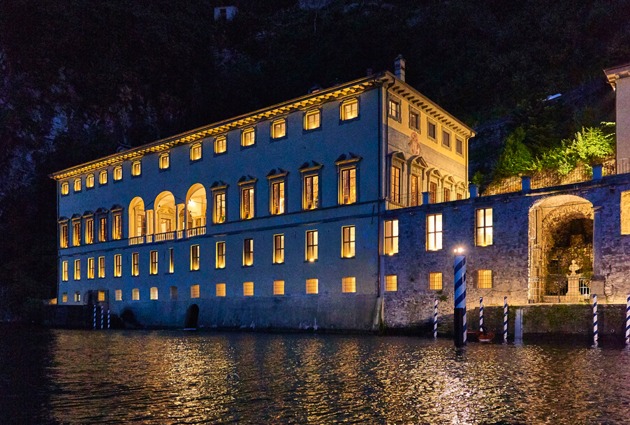 Villa-Pliniana-at-night-for-exclusive-weddings-with-My-Lake-Como-Wedding