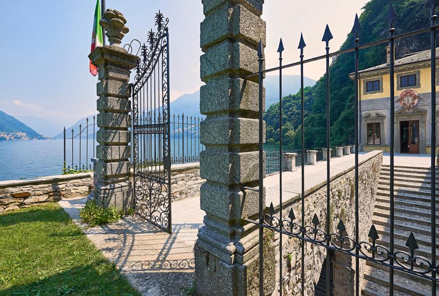 Villa-Pliniana-luxury-wedding-venue-on-Lake-Como-by-wedding-planner-My-Lake-Como-Wedding