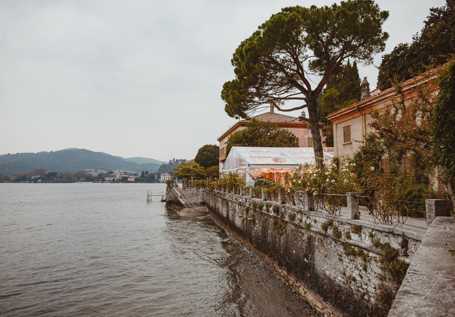 Villa-Pizzo-wedding-venue-on-Lake-Como-with-marquee-used-by-wedding-planner-My-Lake-Como-Wedding