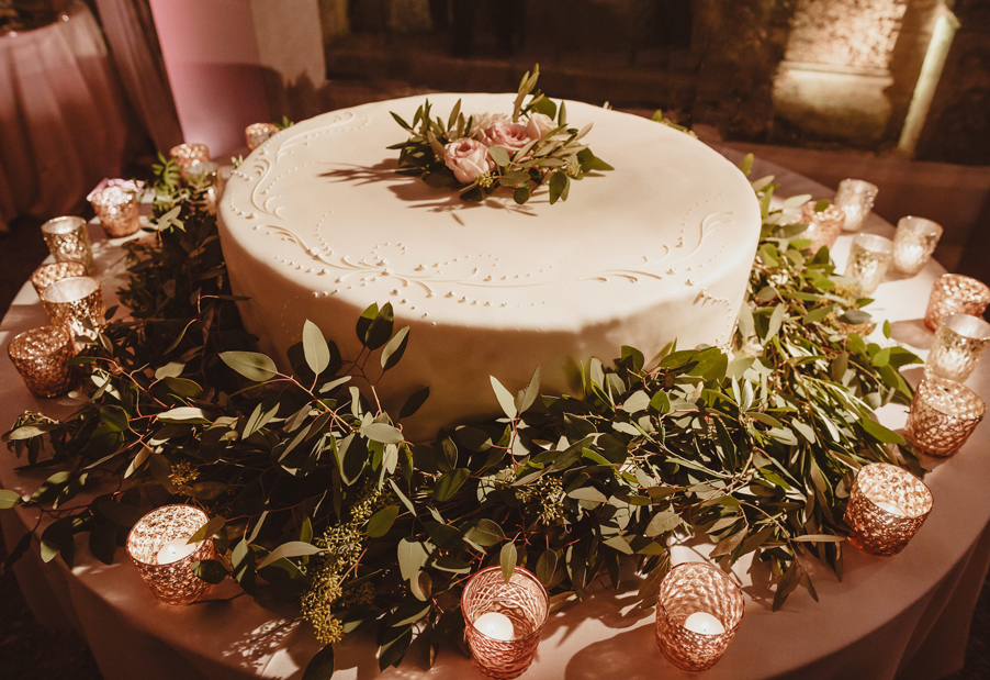 Wedding-cake-on-Lake-Como-wedding-planner-My-Lake-Como-Wedding