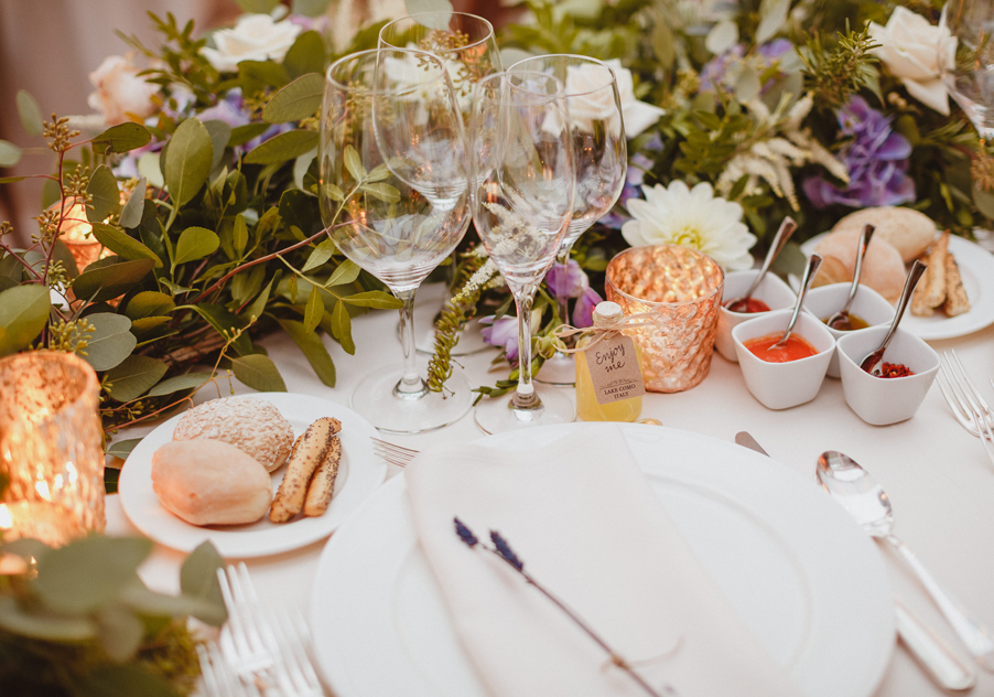 Wedding-design-by-wedding-planner-My-Lake-Como-Wedding-table-set-up-at-Villa-Pizzo