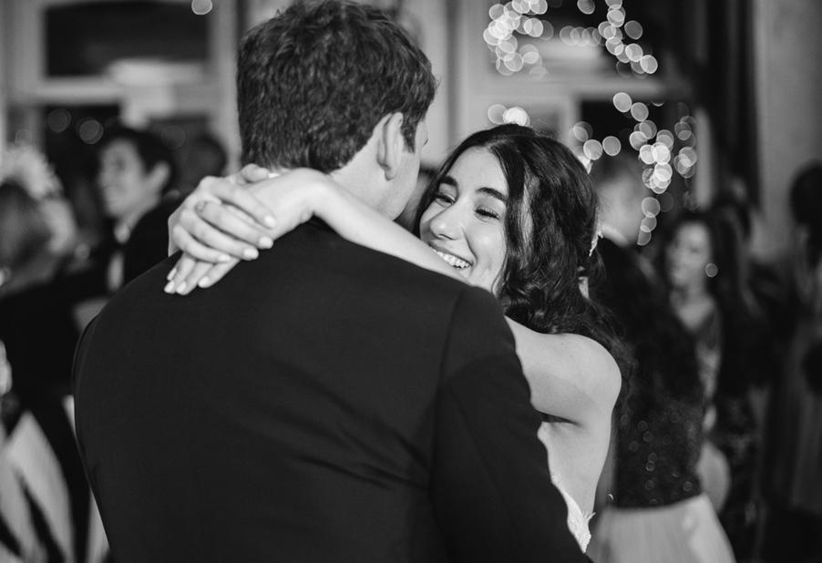 Bride-and-groom-dance-in-Italian-Lake-Como-villa-by-wedding-planner-My-Lake-Como-Wedding