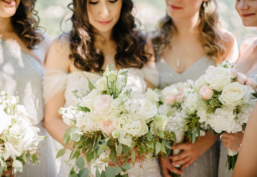 Bridesmaids-with-flower-bouquets-on-Lake-Como-wedding-planner-My-Lake-Como-Wedding