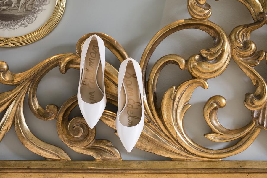 Photoshoot-on-Lake-Como-showing-wedding-shoes