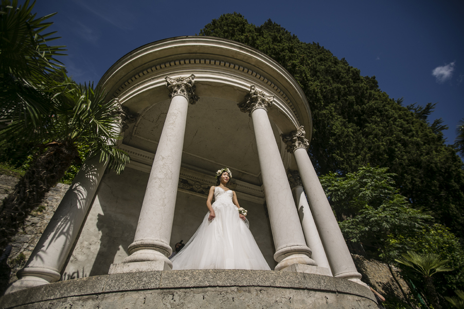 Bride-standing-in-an-Italian-villa-for-her-Lake-Como-photoshoot-arranged-by-wedding-planner-My-Lake-Como-Wedding