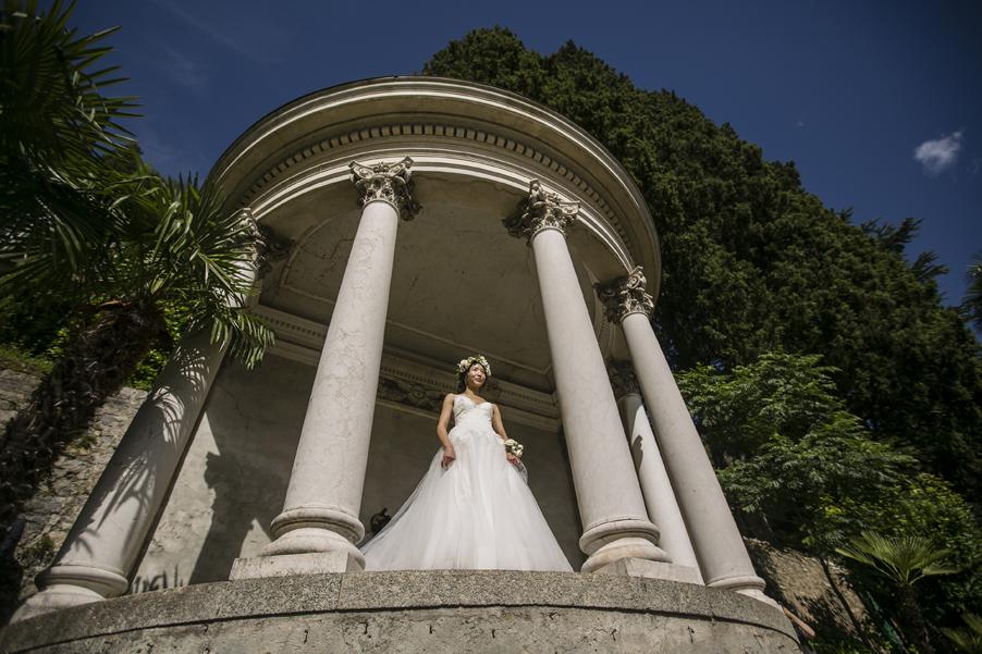 Bride-standing-in-an-Italian-villa-for-her-Lake-Como-photoshoot-arranged-by-wedding-planner-My-Lake-Como-Wedding