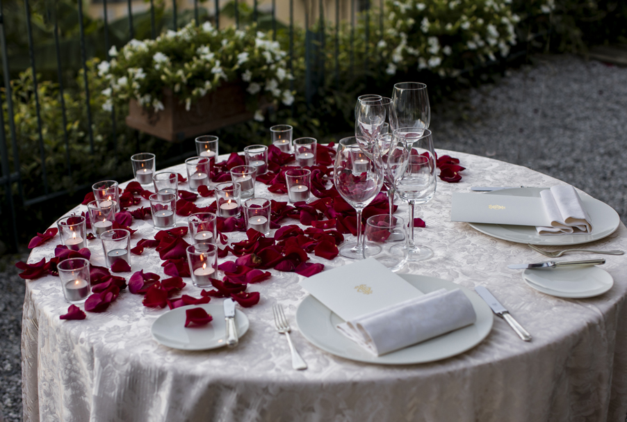 Intimate-dining-at-the-Grand-Hotel-Tremezzo-on-Lake-Como-by-My-Lake-Como-Wedding