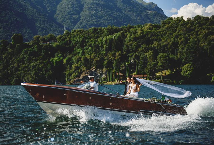 Bride-and-groom-on-Italian-speed-boat-on-Lake-Como-wedding-planner-My-Lake-Como-Wedding