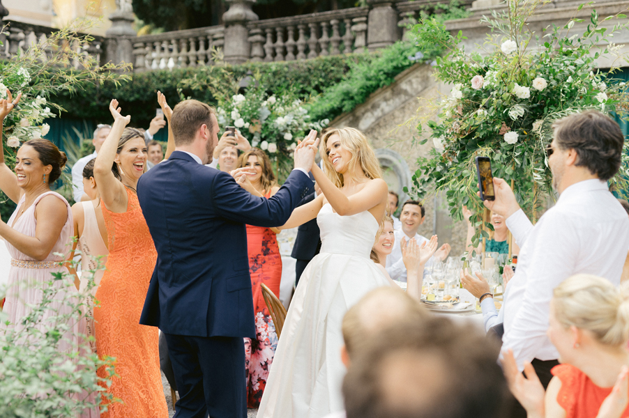 Bride-and-groom-dance-on-the-dining-terrace-at-Villa-Pizzo