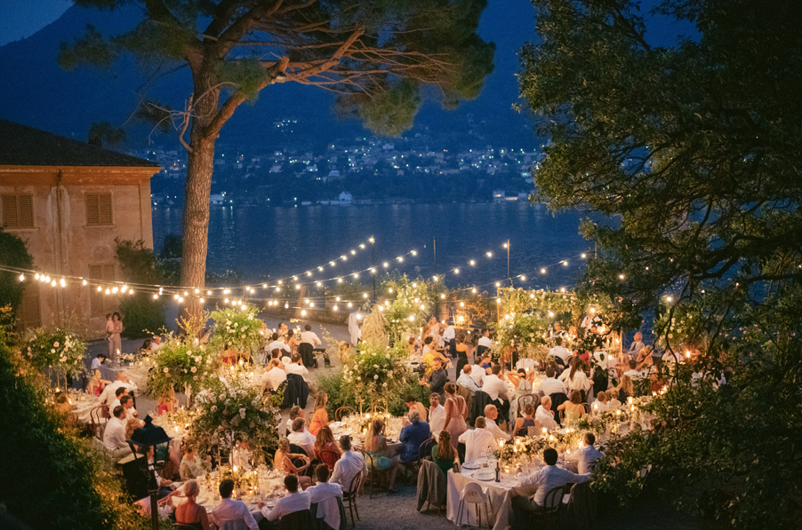 Alfresco-night-dining-on-the-terrace-at-Villa-Pizzo-on-Lake-Como